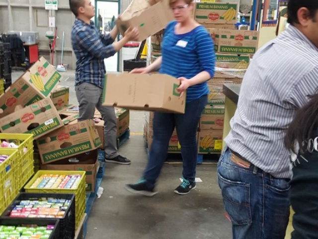 Cognera Volunteering - Calgary Interfaith Food Bank